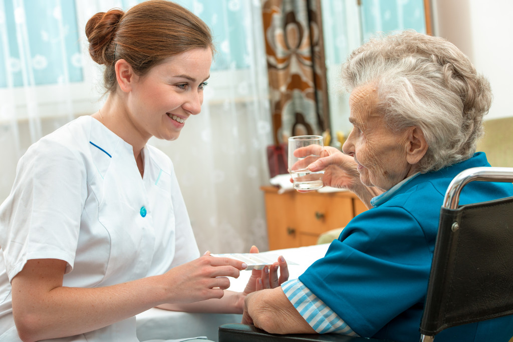 training physicians in geriatric care responding Improving the care of older people by family physicians in the current undergraduate and postgraduate training in geriatrics is of comprehensive geriatric.